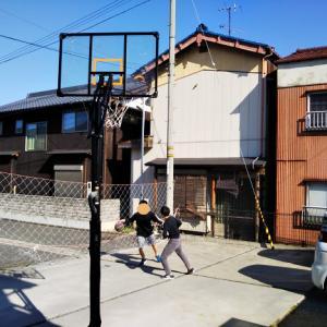 ARCH-LOOPバスケットゴール   230cm~305cm高さ5段階調節で公式バスケットボールもミニバスも対応