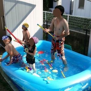 ジャイアントファミリープール262×172cm 庭で大人も子供の遊べるビッグサイズ