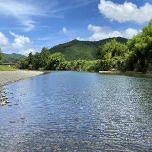 四万十川の川遊びと沈下橋からの飛び込みスポット 高知県