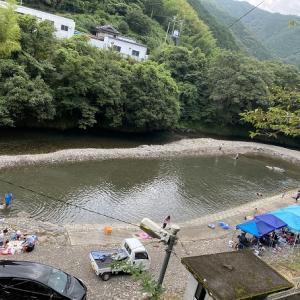 桑の川わんぱく河川プール 新荘川で川遊びと飛び込み 津野町