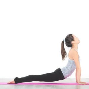 ちょ、待てよ!腰痛に背筋を鍛えると効果的に物申す!背筋を鍛える必要ある?