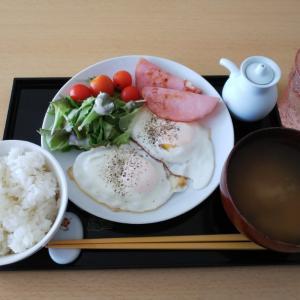 本日2度目の朝食