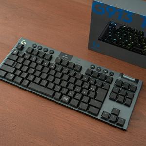 G913TKL レビュー:待望のテンキーレス版!!薄型・遅延ゼロのワイヤレスキーボード