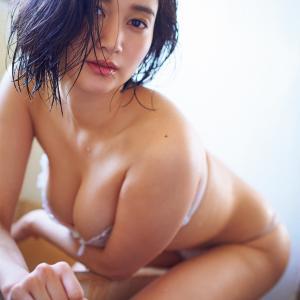 大人の女性は美しいんですよ。出口亜梨沙 Gカップ