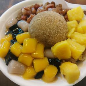 【基隆】「基隆三兄弟豆花」廟口夜市の台湾伝統スイーツ店