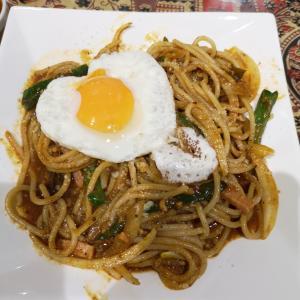 【セイロンカリー】スリランカンスパゲティはまろやかなカレーと追い飯追いカレーで2度楽しめる