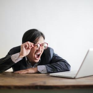 5年後手形廃止 電子記録債権に対応できない零細企業は・・