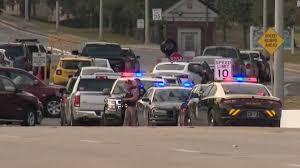 アメリカ フロリダ州の海軍基地で銃撃戦発生 米兵3人が死亡