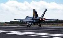 空母艦載機発着艦訓練地 馬毛島(まげしま) 将来は拠点としても活用へ