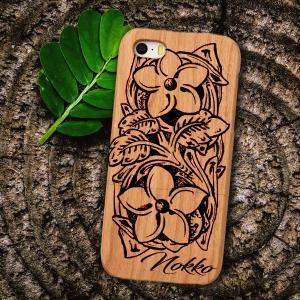 カップルにお勧めのペアルック木製iPhoneケース