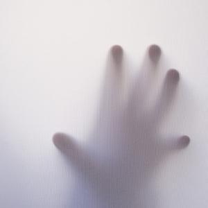 【境界性パーソナリティ障害】「見捨てられ不安」を克服する方法を考える!