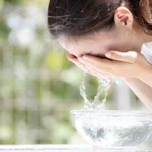 洗顔方法の基本について