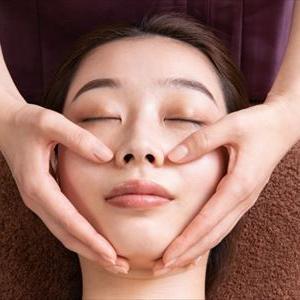 顔の脂肪対策マッサージ