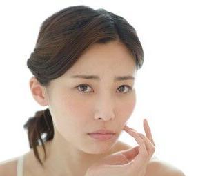 顔のくすみの原因と対策