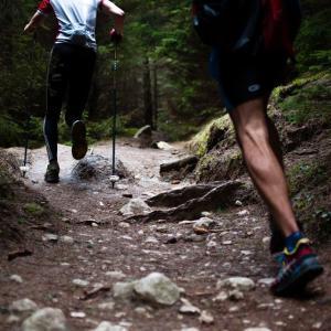 【恐怖】史上2人目!山岳ランニングの女性 目の寄生虫に感染 米国