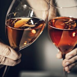 初心者も飲みやすいおすすめの1,000円前後のお手頃ワインを紹介
