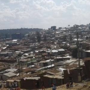 世界最大のスラム街「キベラ」の話①『旅がなければ死んでいた』坂田ミギー著