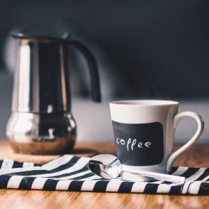 喫茶と健康の関係は?現代人の呪縛を解く・健康増進のための心身解放術!