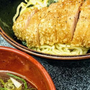 たまには外食で日本経済を支えようかと。有楽町 万世麺店で ざるパーコー麺