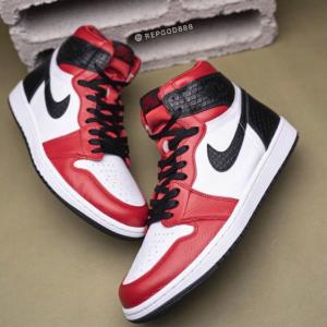 "【2020年8月6日(木) 発売予定】Nike Wmns Air Jordan 1 Retro High OG ""Satin Snake"""