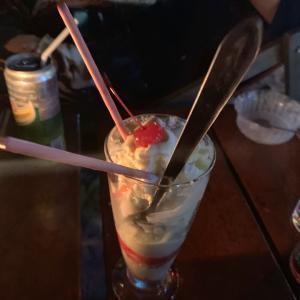 ラワイビーチのゆったりハンモックバーデザート集