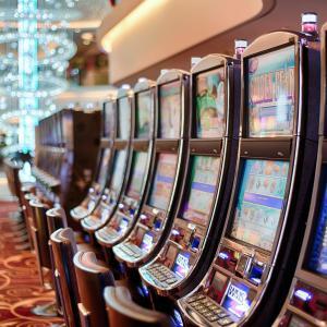 自粛期間は自宅でオンラインカジノ#1