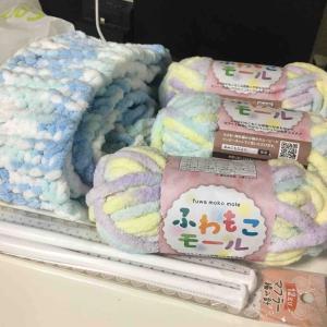 冬になるとやりたくなる手編みのマフラー