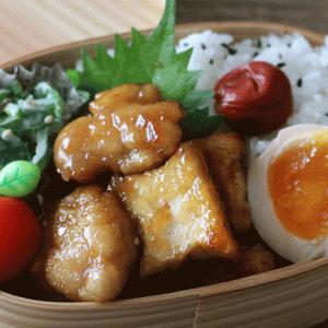 たった3品の鶏ももと厚揚げの甘辛炒め弁当レシピと詰め方も紹介