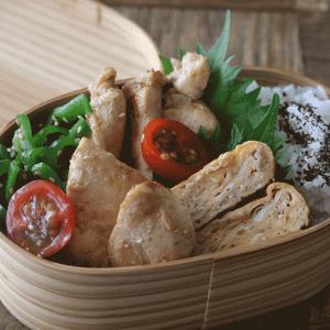 驚きの柔らかさでご飯がすすむ!鶏むね肉の生姜焼き弁当レシピの詰め方も紹介