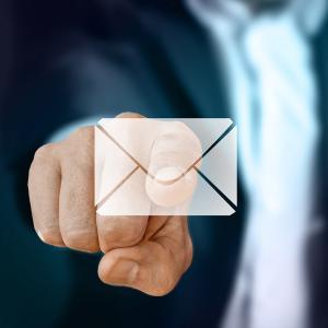 メールに添付するファイルサイズとは?上限や最適なファイル容量とは。