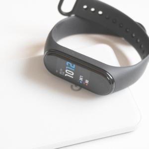 Xiaomi「Mi SmartBand 4」レビュー。4,000円以下で買えるコスパ抜群のスマートウォッチ