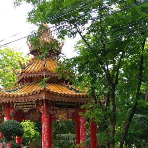 【ルンピニ公園】中国パビリオンから時計台のあたり