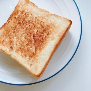 朝ごパン♡どんな食事にもぴったり合う♪モリモリスリムプーアル茶風味を飲んでみたよ☆