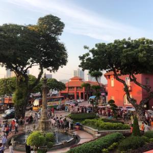 マラッカの観光は世界遺産オランダ広場から始まる