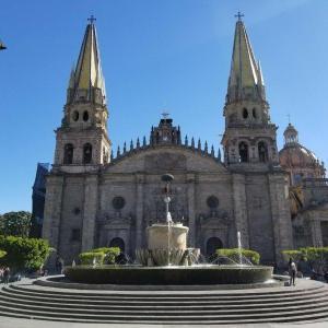 【メキシコ】グアダラハラ観光①:美しい古都を散策☆ 歴史地区の見どころまとめ