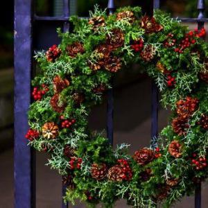 クリスマスリースはいつから玄関に飾る?オシャレなリース5選