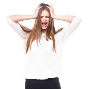 ヘアアイロンでくせ毛をストレートにするには?温度設定はどれくらい?美容師さんおすすめヘアアイロン3選