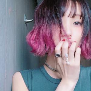 【アニソン】LiSAのピンクの髪色がかわいい!マネするオーダー方法や染め方のバリエーションは?