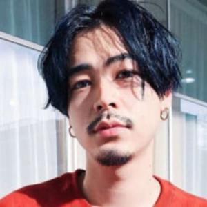 成田凌はヒゲが無い方がかっこいい!?「似合う・イケメン・髭ある方が良い」どっち?