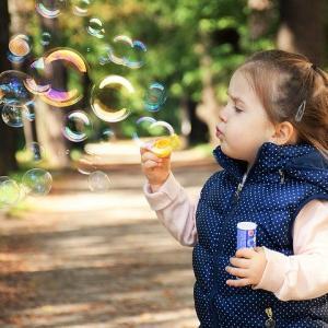 女の子の子供のママに喜ばれるプレゼントされると助かるおもちゃ