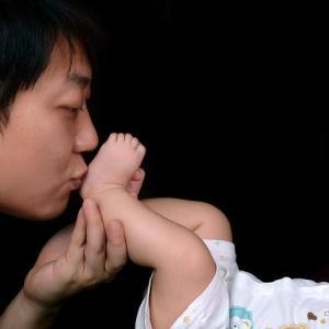 新米パパも一緒に遊ぼう!3ヶ月の赤ちゃんの大好きおもちゃはコレ