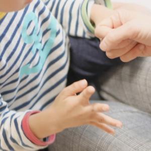 子供の手遊び人気の4つ!!~年長さんでも楽しめる覚えやすいモノ!