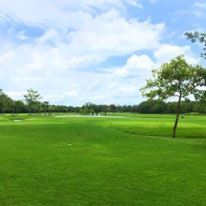 Kabin Buri Sport Clubでゴルフ
