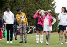 生田衣梨奈、ゴルフする姿も #えりぽんかわいい んです!!!