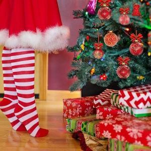 """""""自宅に4メートル級のクリスマスツリー。はい、我が家のです♪"""""""