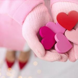 巷はバラ色・ピンク色♪