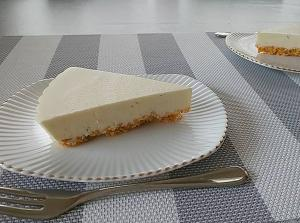 甘さ控えめ~♪♪かぼすのレアチーズケーキ