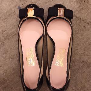 【ある日突然外国で...】お気に入りの靴を履ける日を目指して