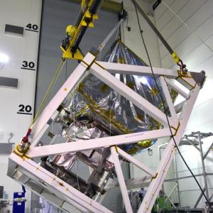 人工衛星で重心を測定する理由【人工衛星とロケットのユーザーインタフェース関連】