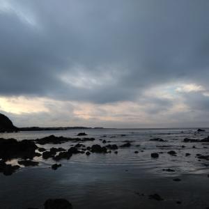 関東ふれあいの道・神奈川3(再) 師走の海は朝がいい